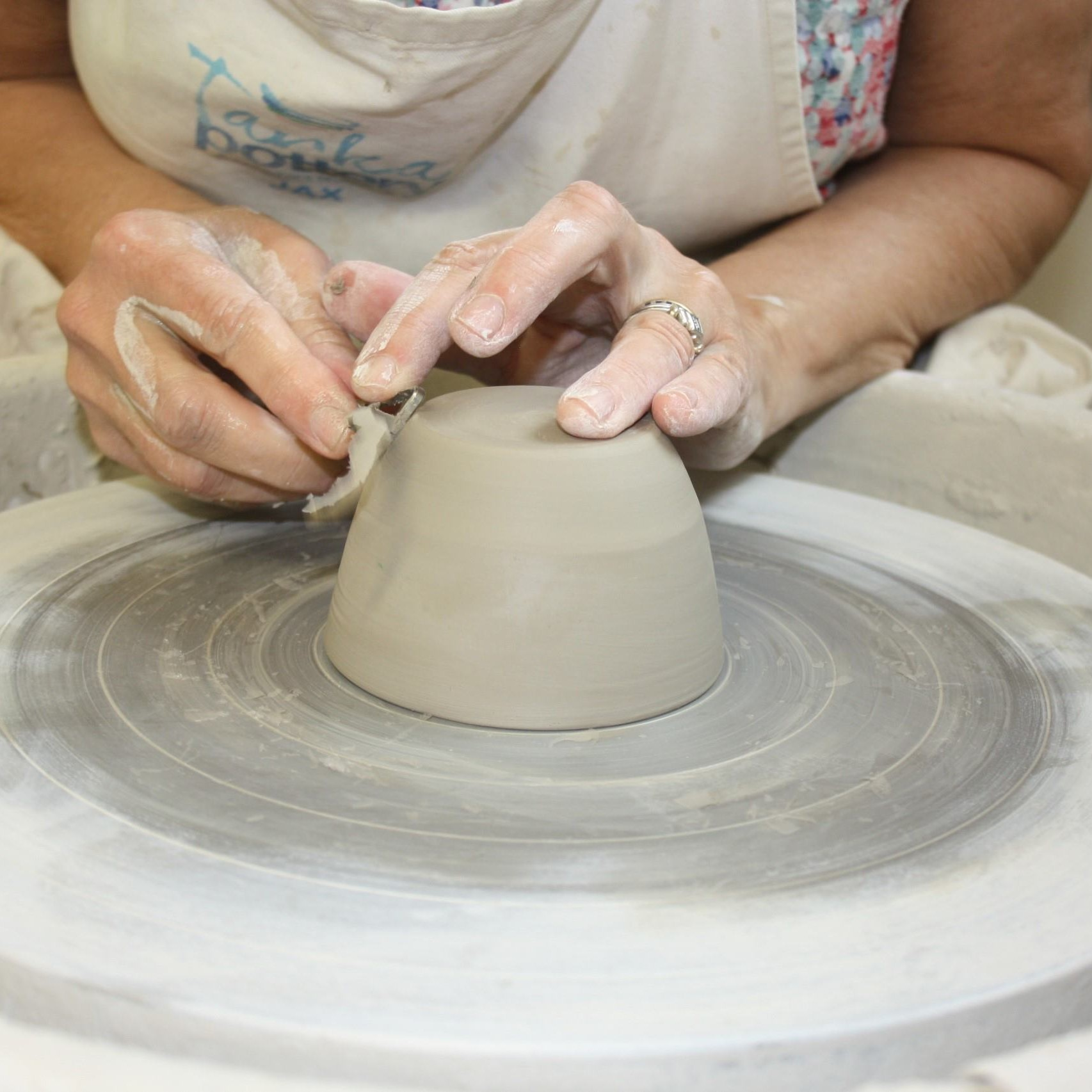 Adult pottery classes Devon